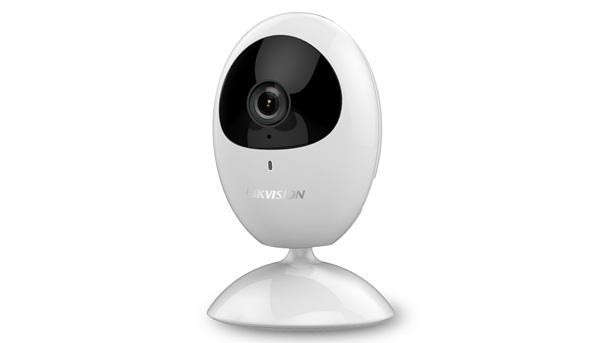 Camera IP Cube hồng ngoại không dây 2.0 Megapixel HIKVISION